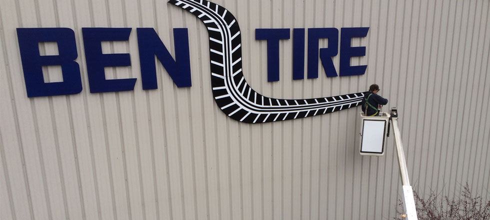 Ben Tire Sign by Delphi Signs