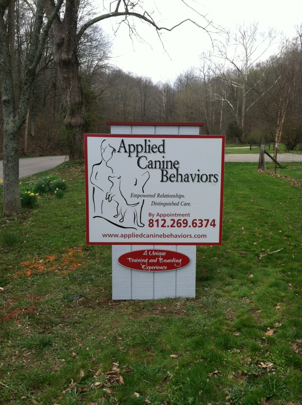 monument-signs-applied-canine